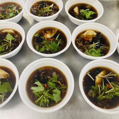 薬膳四物湯スープ
